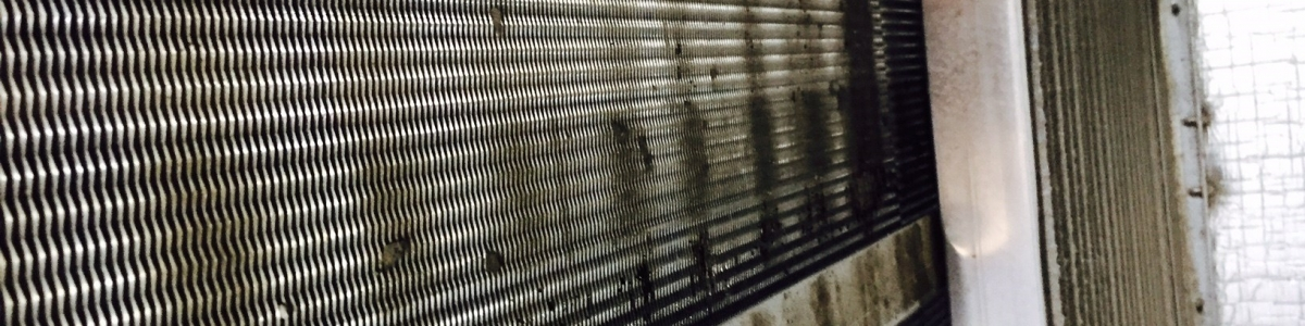 Air Conditioning Cleaning - Dirty Air Handling Unit coil